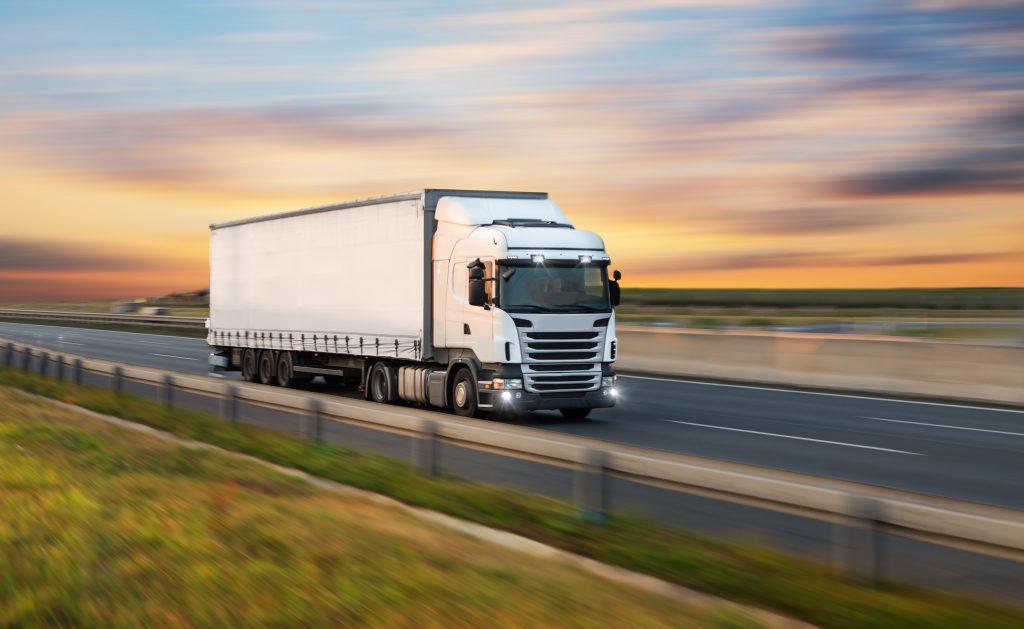 řidič kamionu odbočovací asistent pokuty v německu